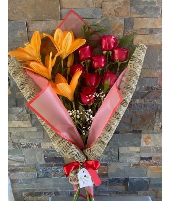 Ramo Rosas y Liliums