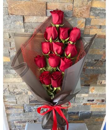 Ramo 12 rosas rojas Roma