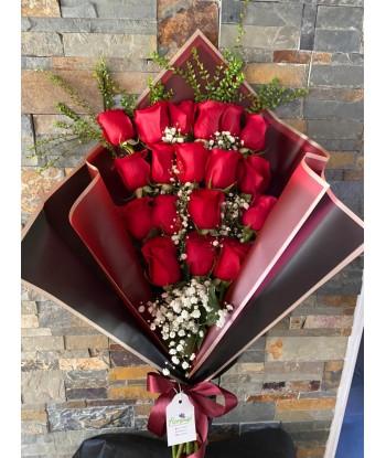 Ramo 18 Rosas con Gypso