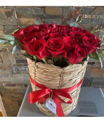 Canastillo 50 rosas rojas